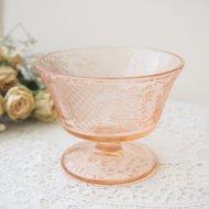 ピンクガラス お花模様のアイスクリームカップ / アンティーク・ヴィンテージ雑貨