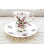 イギリス ハマースレイ レッド&ホワイトフラワー デミカップ&ソーサー / アンティーク・ヴィンテージ雑貨