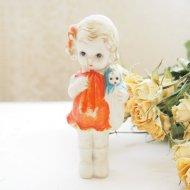 JAPAN 日本製 お人形を抱いた女の子  ビスクドール フローズンシャーロット