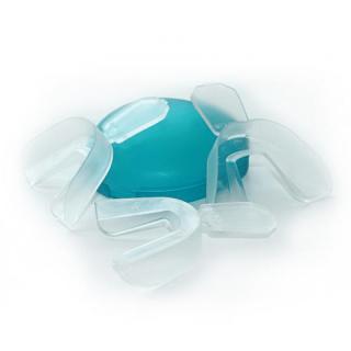ホームホワイトニング用トレー(マウスピース×2つ+予備マウスピース×2つ)※マウスケース付き