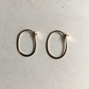 【source:Melissa Joy Manning】Small Oval Hoops Earrings