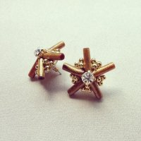 Golden Coral Star