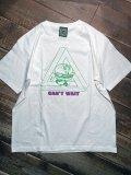 <img class='new_mark_img1' src='https://img.shop-pro.jp/img/new/icons5.gif' style='border:none;display:inline;margin:0px;padding:0px;width:auto;' />神眼芸術『Hamburger kun』T-shirt  (White)