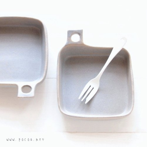 グレー カッティングボード型のお皿 正方【よしざわ窯】