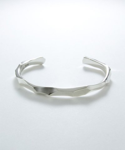 GARNI / Unbashed Bangle