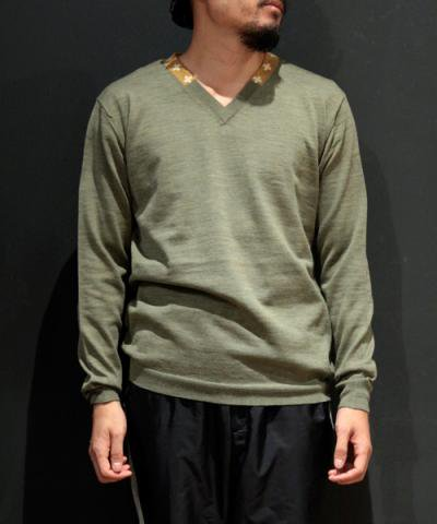 EOTOTO / NAVAJO V NECK KNIT