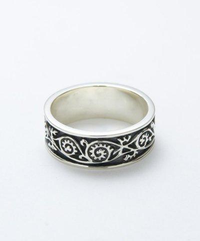 GARNI / Vine Pattern Ring Light