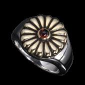 【龍頭】<br />菊印台リング(丸型)<br />ガーネット 菊:真鍮<br />- メンズ 指輪 リング -