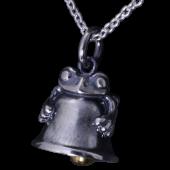 【龍頭】<br />蛙鈴ペンダントトップ<br />- メンズ ペンダント -