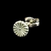 【龍頭】K18 菊紋ピアス 小 1ヶ