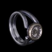 【龍頭】<br>岩石リング <br>(菊スタンプ:真鍮)<br />- メンズ 指輪 リング -
