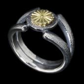 【龍頭】<br>岩石菊紋リング<br />K18×シルバー<br />- メンズ 指輪 リング -