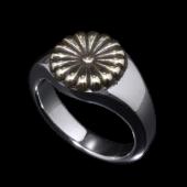 【龍頭】<br />菊印台リング(丸型)<br />菊:真鍮<br />- メンズ 指輪 リング -