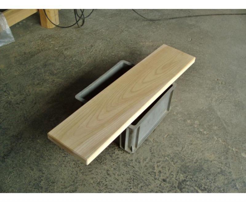 欅(ケヤキ)の看板向き無垢一枚板 長さ82.5cm幅19.5cm厚さ3.3cm 自然木材欅35