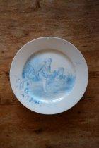 少年の絵皿
