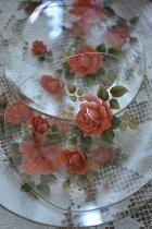 薔薇プレートと小皿のガラスセット
