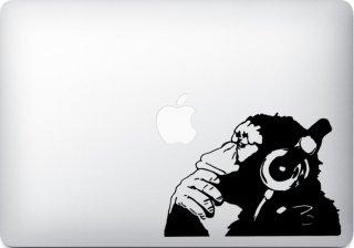 WOLFING 全サイズ対応 MacBook ステッカー アートステッカー スキンシール Banksy バンクシー Monkeyl with Headphone ブラック