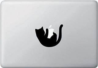 <img class='new_mark_img1' src='https://img.shop-pro.jp/img/new/icons12.gif' style='border:none;display:inline;margin:0px;padding:0px;width:auto;' />オーダーメード対応★全サイズMacBook対応 アートステッカー Cat Hanging Off Apple