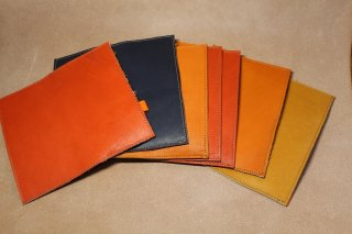 グローブ革で作った手帳カバー