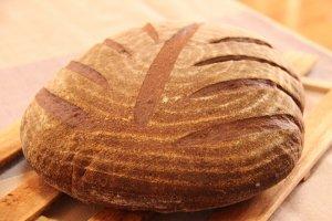 「いのち」 無農薬小麦100%!三種の小麦と麦由来の自家製酵母〜究極のいのちの響き〜