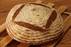 「ひかり」 無農薬小麦100%!さっくりふんわりかる〜い♪〜優しい光のような食事パン〜