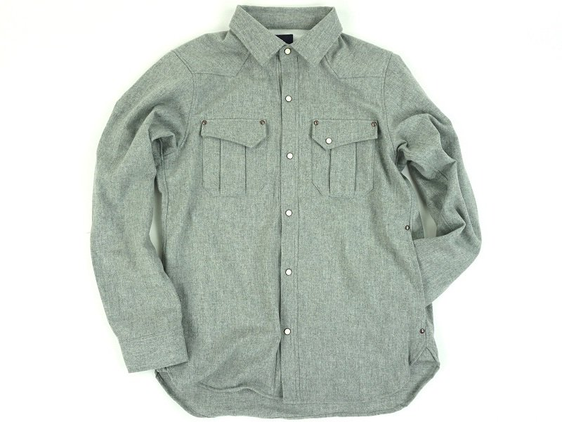 Dest. Wool Long Sleeve Shirt <img class='new_mark_img2' src='https://img.shop-pro.jp/img/new/icons20.gif' style='border:none;display:inline;margin:0px;padding:0px;width:auto;' />