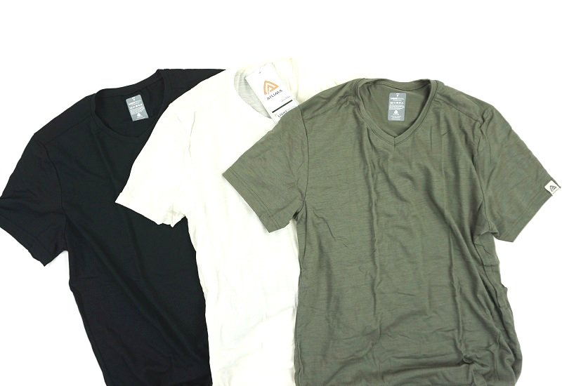 LightWool T-Vneck<img class='new_mark_img2' src='https://img.shop-pro.jp/img/new/icons5.gif' style='border:none;display:inline;margin:0px;padding:0px;width:auto;' />