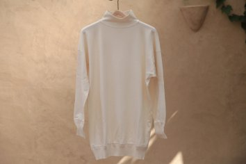<img class='new_mark_img1' src='//img.shop-pro.jp/img/new/icons5.gif' style='border:none;display:inline;margin:0px;padding:0px;width:auto;' />OLDE HOMESTEADER MIL Mock Neck