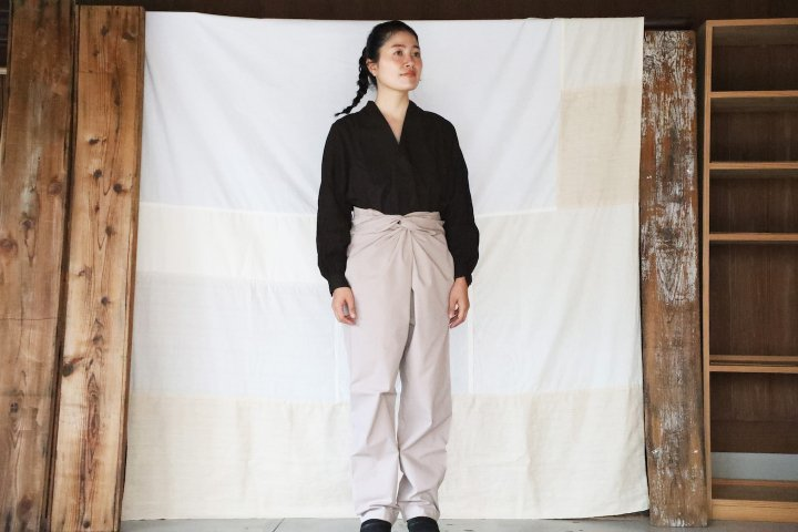 <img class='new_mark_img1' src='https://img.shop-pro.jp/img/new/icons14.gif' style='border:none;display:inline;margin:0px;padding:0px;width:auto;' />COSMIC WONDER  Wrapped pants