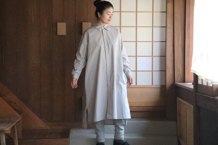<img class='new_mark_img1' src='https://img.shop-pro.jp/img/new/icons14.gif' style='border:none;display:inline;margin:0px;padding:0px;width:auto;' />COSMIC WONDER Cotton wool shirt dress