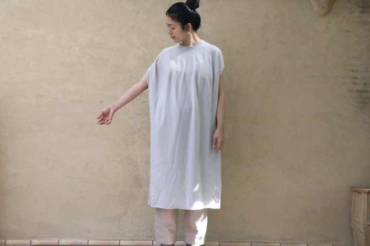 <img class='new_mark_img1' src='https://img.shop-pro.jp/img/new/icons14.gif' style='border:none;display:inline;margin:0px;padding:0px;width:auto;' />COSMIC WONDER cashmere knit dress