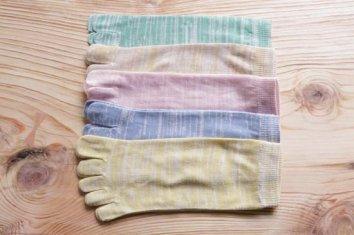 絹綿混紡5本指ソックス(Mサイズ)