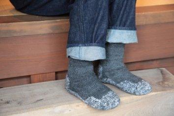 PUENTE Rueca(ルエッカ) 手紡ぎ靴下(26.5〜28cm)