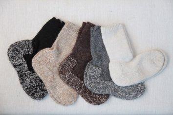 PUENTE Rueca(ルエッカ) 手紡ぎ靴下(23.5cm〜24.5cm)