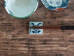 古染牡丹文角陶板箸置き
