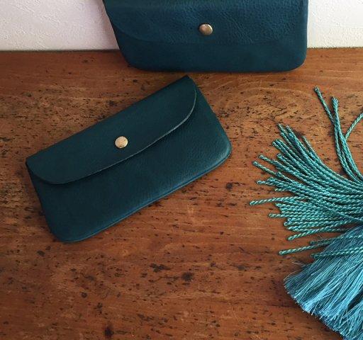 イタリア革の長財布 ブルー