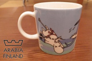 <img class='new_mark_img1' src='//img.shop-pro.jp/img/new/icons20.gif' style='border:none;display:inline;margin:0px;padding:0px;width:auto;' />ARABIA アラビア/MOOMIN ムーミン イルカ マグカップ 廃盤 アイテム The Dolphin dive ♪