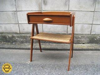 北欧スタイル スモールチェスト / ナイトテーブル 木製  ドロワー ◎