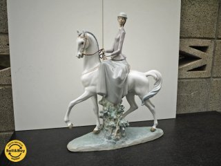 LLADRO / リヤドロ 白い馬の少女 / WOMAN ON HORSE  ◎