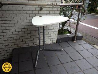 テクタ TECTA K22 サイドテーブル チェリー材 ホワイト天板 アクタス ACTUS 取扱■