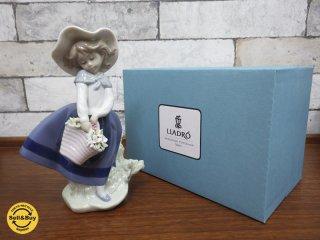 リヤドロ / LLADRO 『 きれいな花ばかり 』 フィギュア 人形 置物 美品 箱付 ●