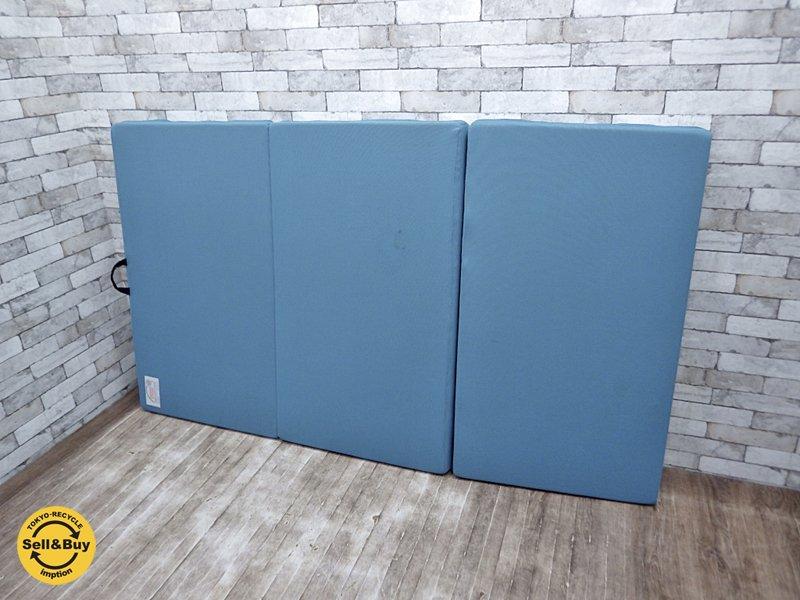 マニフレックス magniflex 三つ折りマットレス セミダブル メッシュウィング ミッドブルーカラー ●