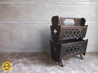 古い木味のマガジンラック 彫刻 ビンテージ ♪