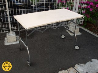 カルテル Kartell バティスタ テーブル型ワゴン イタリア アントニオ チッテリオ MoMA★