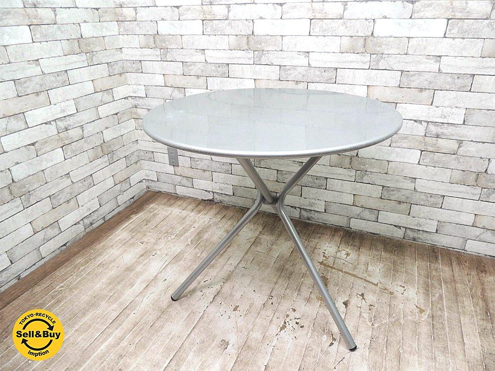 エミュー emu スチール製 フォールディング テーブル カフェスタイル 店舗什器としても ●