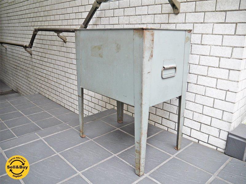 US インダストリアル スチール製プランターボックス 脚付き 収納 ■