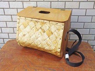フィンランド 木製フタ付き 白樺 ショルダーバッグ ■