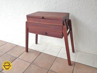 60-70年代 ビンテージ スウェーデン製 チークウッド ソーイングボックステーブル ミッドセンチュリーモダン 道具箱 ツールボックス 裁縫箱 北欧家具 サイドテーブル ◇