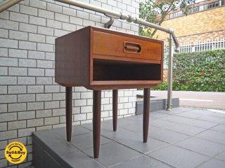 デンマーク チーク材 ビンテージ サイドテーブル ナイトテーブル 引出し付き 北欧家具 ■