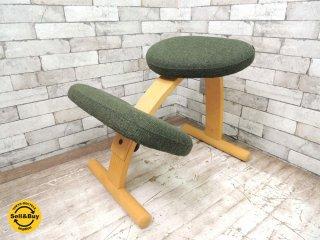 リボ Rybo バランスチェア イージー Balans EASY ミックスファブリック グリーン 姿勢矯正 学習椅子 北欧家具 ノルウェー ●